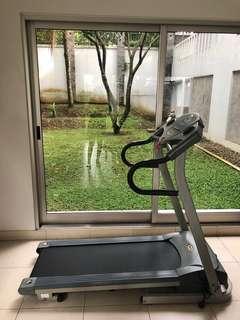 Treadmill - Attack USA AT8400