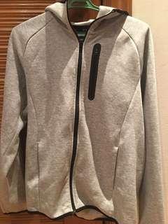 Uniqlo Dry Stretch hoodie