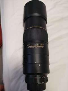 300mm Nikon Af-s Nikkor f/4d IF-eD