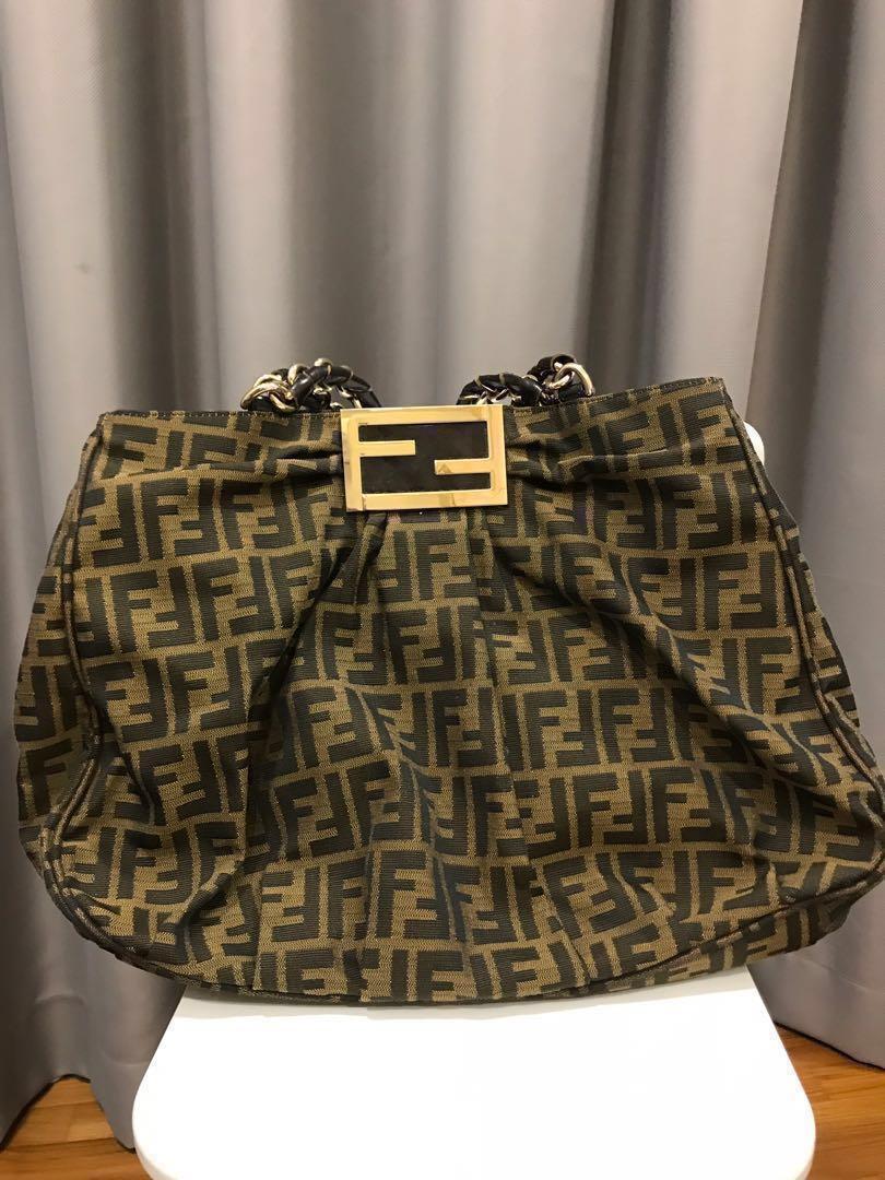 37a0c66669 $400 nett Fendi Shoulder Bag, Women's Fashion, Bags & Wallets ...