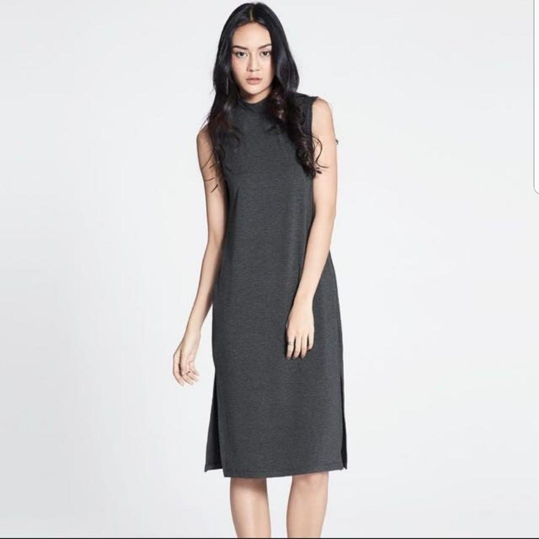 3d644e80ea91 Vonda Mock Neck Midi Dress - dark grey