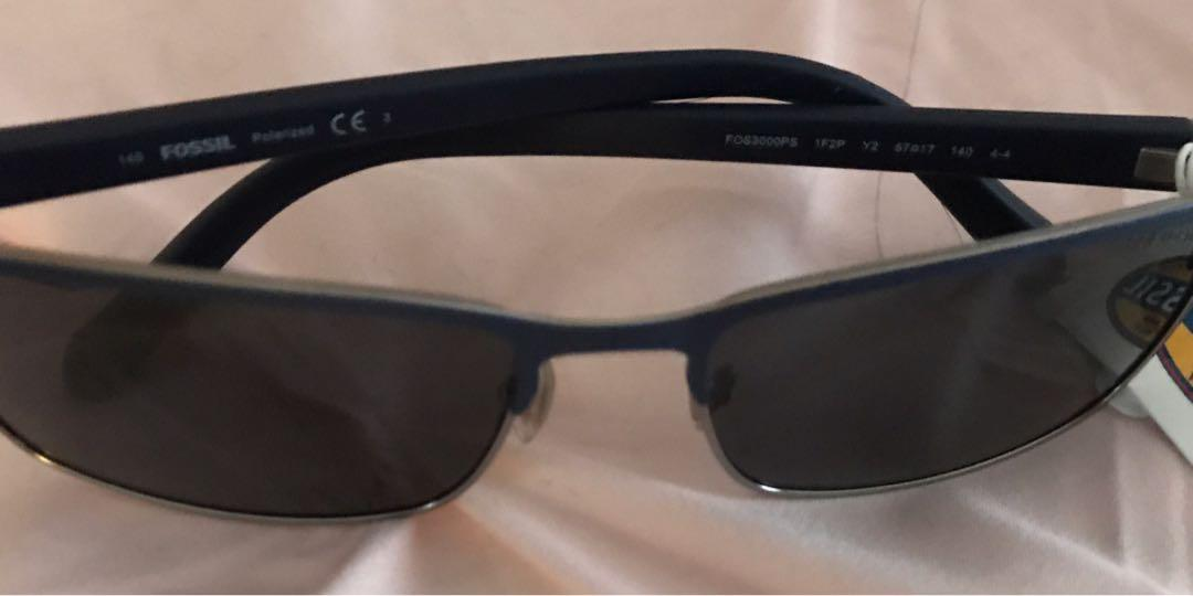 Fossil polarized authentic sunglasses NWT