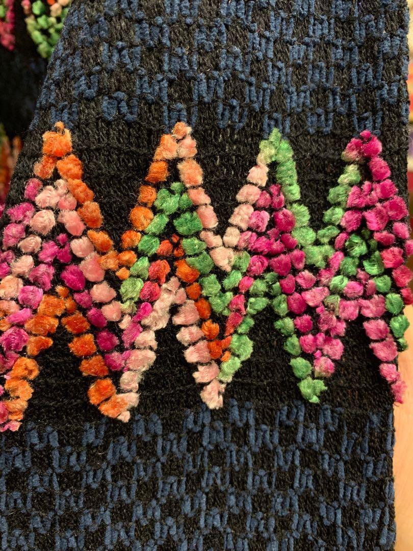 Korea Sweater <HappyBerry> Used 99% NEW