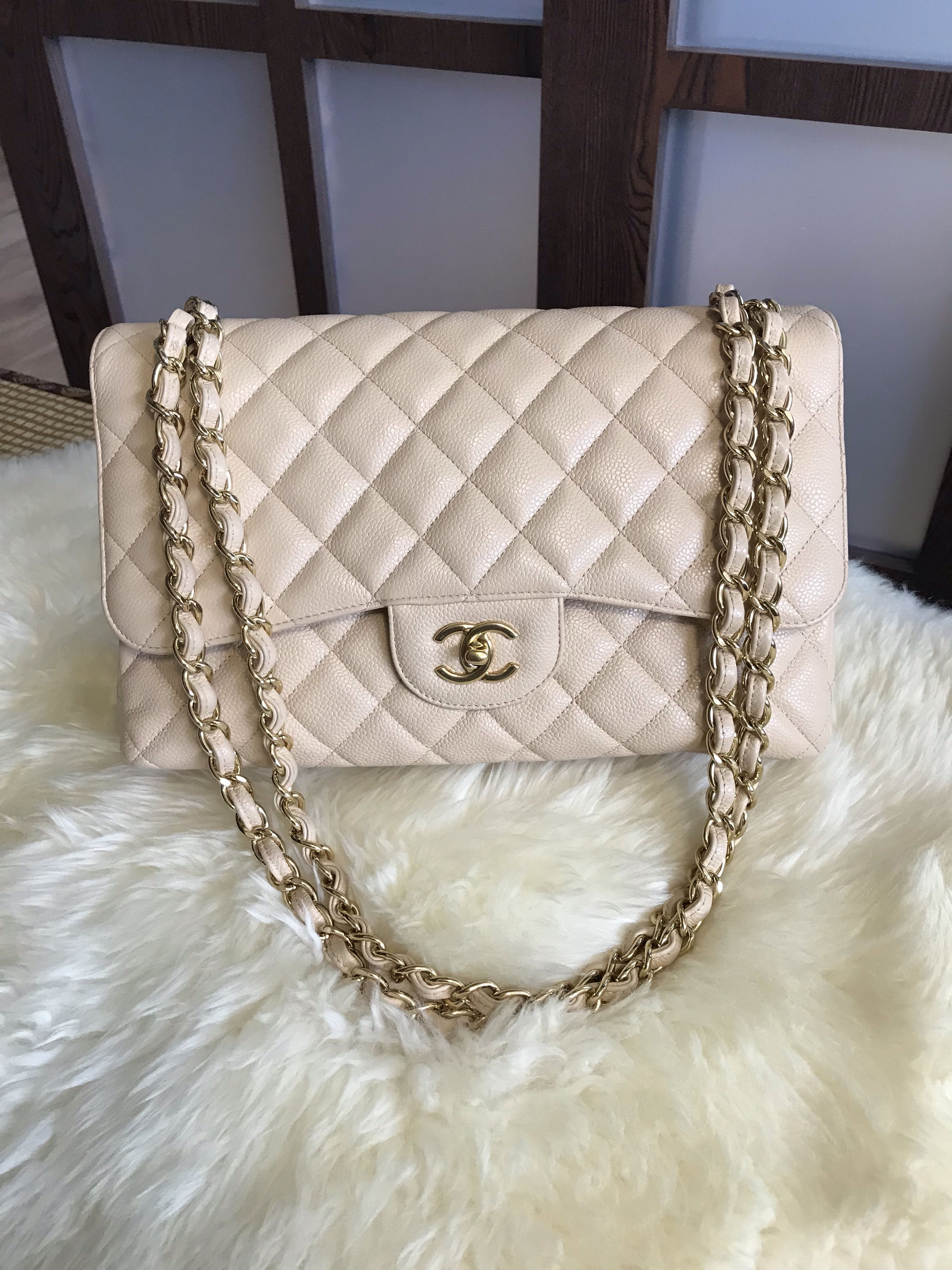 8eec00e037b1 Like new Chanel Jumbo Classic Double Flap Caviar Beige With Ghw ...