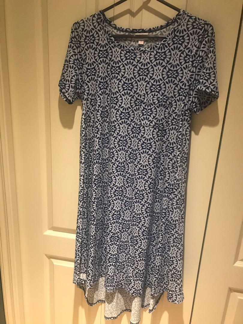 "Lularoe ""Carly"" dress, size Sm (fits like Lg), NWOT"