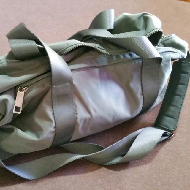 770e10645b Lululemon Duffel Bag