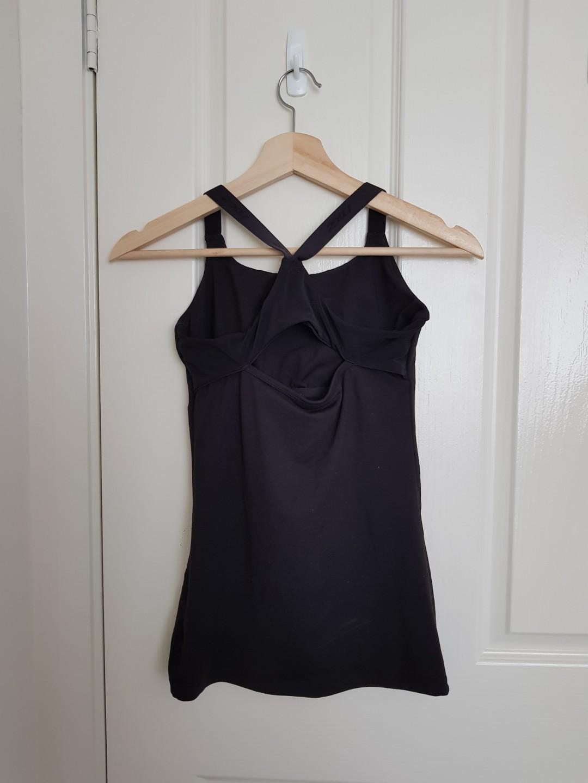 [NEW] 2XU Black Sleeveless Sports Top with Integrated Bra