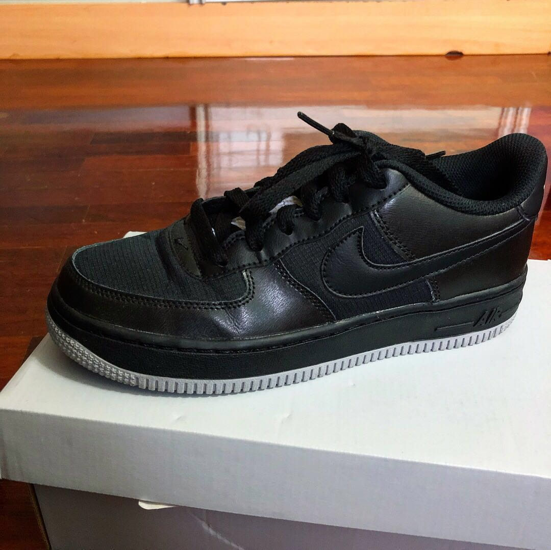 5d44a59602 NIKE AIR FORCE 1 LV8 (GS), Women's Fashion, Shoes on Carousell