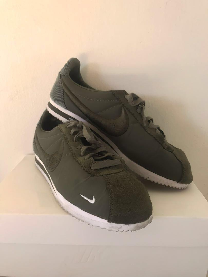 san francisco 2d3f6 7d90b Nike Classic Cortez SP (Olive Green), Men's Fashion ...