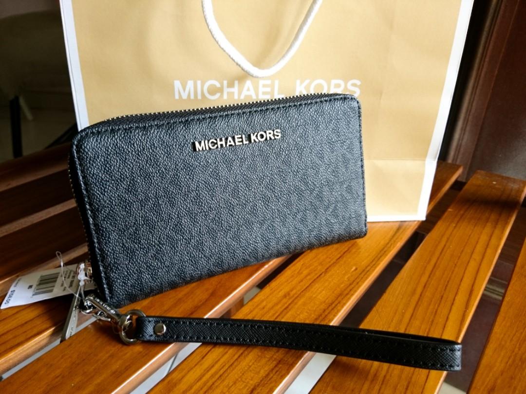 19d5afbd3d43 ON SALE! Original Michael Kors Wallet from US, Luxury, Bags ...