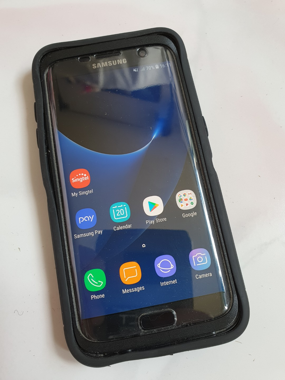super popular e4c38 f4140 Samsung S7 edge + otterbox defender casing. 100% working