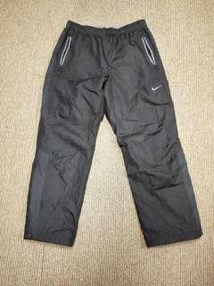 Nike 防風運動長褲