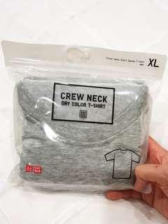 BNIB Uniqlo Crew Neck Gray dry color t shirt