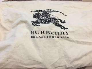 Burberry Tote Bag, NEW !!