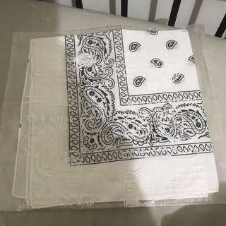Bandana (putih)