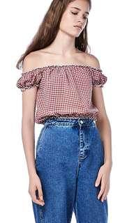 TEM CILLA RED CHECKERED CROP TOP