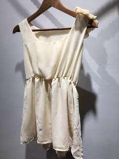 【全新】杏色雪紡短版小洋裝