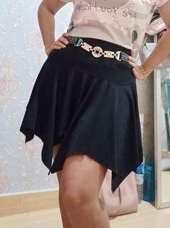 Rok hitam rok mini zigzag