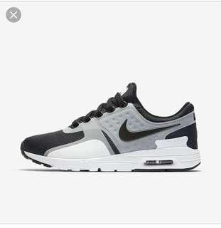 Nike Airmax Zero (US 7.5)