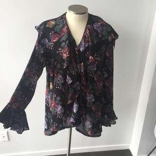 RUFFLED FLORAL BLOUSE