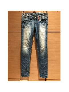 🚚 韓版刷白修身窄管褲