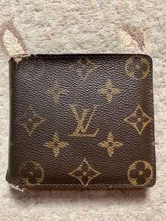 Authentic Louis Vuitton Porte be Monogram