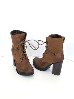 NEW Brown winter booties ($80) size 8