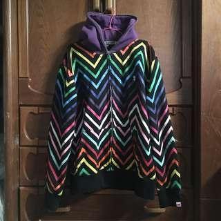 🚚 彩虹外套