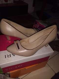 sepatu vicari