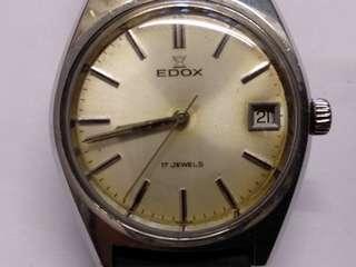 瑞士依度Edox男装日曆機械表,17石,36mm,行走正常,品相如圖。