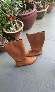 Ralph Lauren - brown riding leather boots -  original price over 200usd