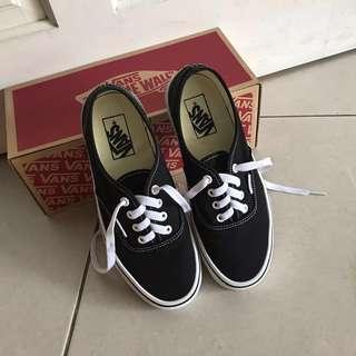 Authentic Vans Black Core Classic Shoe #cny888