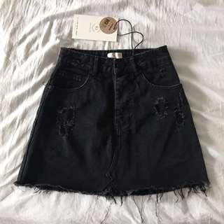 Cotton On Black Ripped Denim Skirt #Cny888