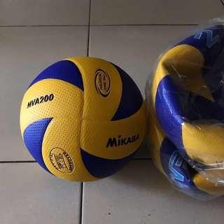 Authentic Mikasa MVA200 Volleyball