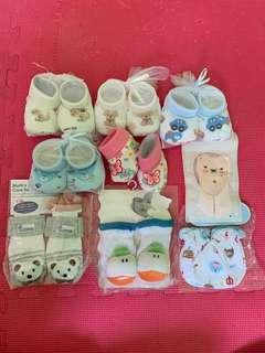 🚚 Brand New Newborn Baby Booties / Socks