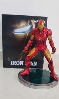 IRON MAN MK 4 STATUE (MARVEL)
