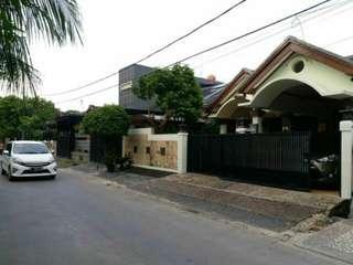 Dijual Rumah Second Semi Furnish Di Komplek Elite Jatibening Bekasi