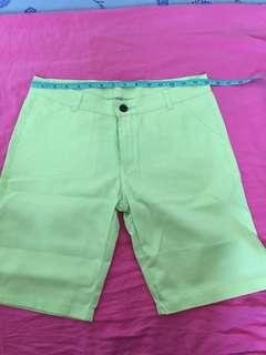 Apple green capri short