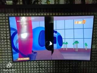 "Samsung 55"" Full HD Curved Smart LED TV UA55K6300 (Screen Damage)"