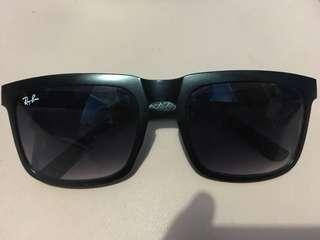 Kacamata R&B (Ray-Ban)