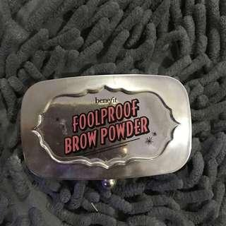 Benefit foolproof brow powder No. 5