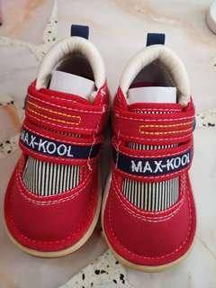 Max Kool shoes