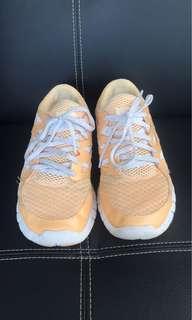Nike Ladies Free Runs