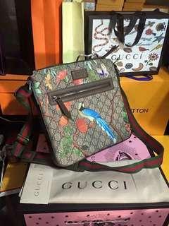 Gucci flat sling bag