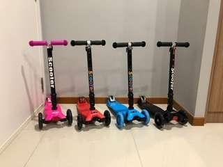 Easy Fold LED scooter with Free QDelivery