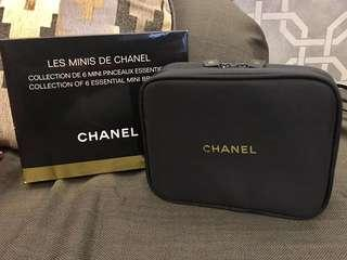 Les Minis De Chanel 化妝袋 6 essential mini brushes travel cosmetic bag pouch - foundation powder eyeshadow eyeliner eyebrow