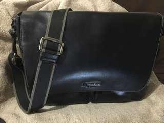 Pre-loved Original Coach Men's Bag