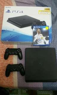 Ps4 slim 500gb with 2 controller