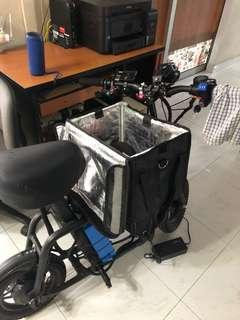 Food bag for delivery with motorcycles or Escooter