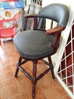 Bar stool / kerusi pub